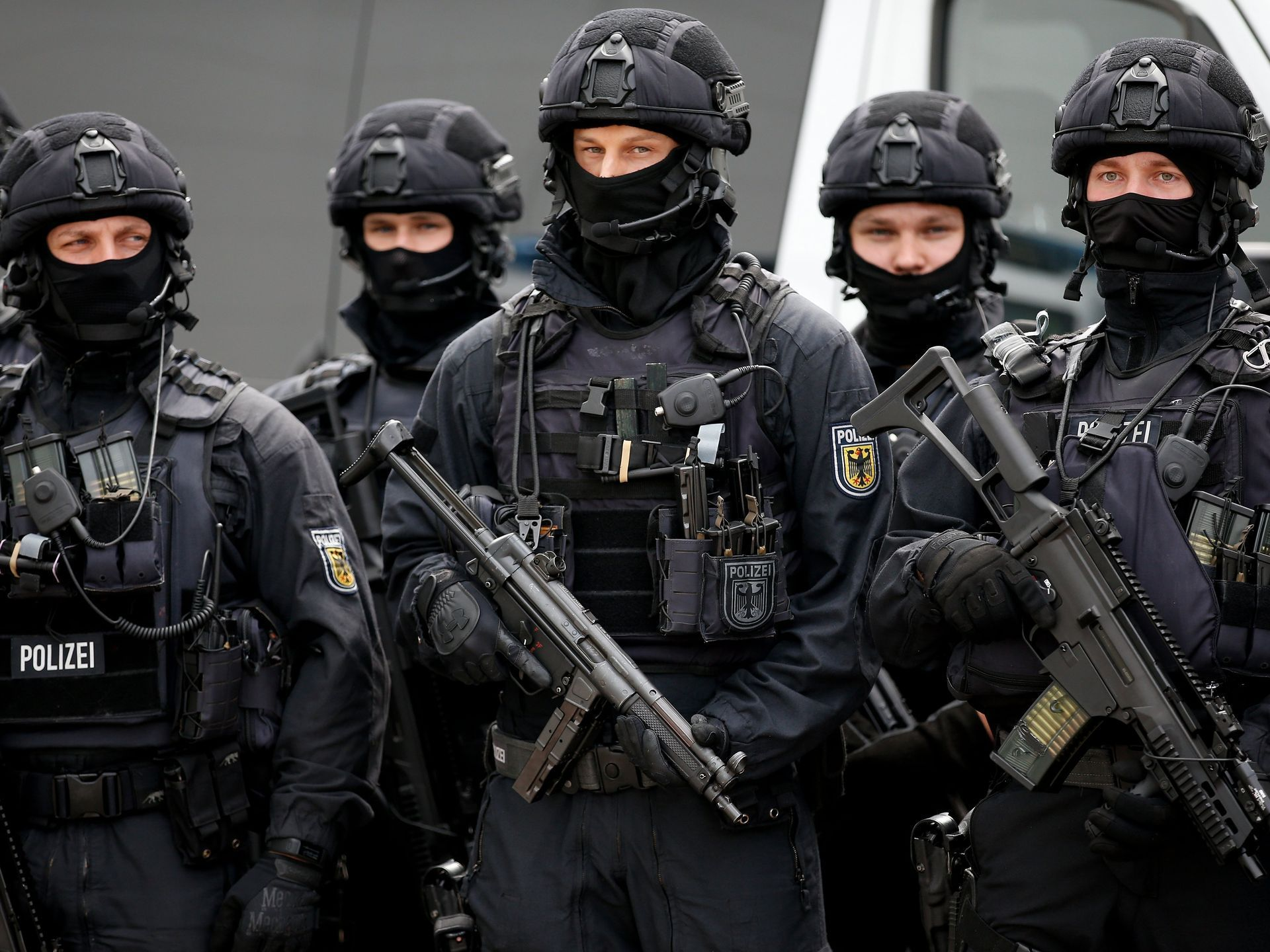 July 4 2017 A Special Federal Police Unit Stands At The Ready During A Visit By German Interior Minister Tho Police Women S Military Uniform German Police