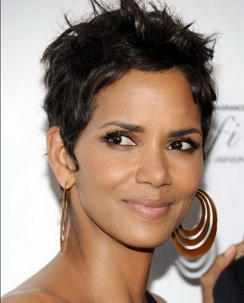 Halle Berry Short Hairstyles short hair inspiration halle berrys current side swept cut Halle Berry Short Hairstyles 2017