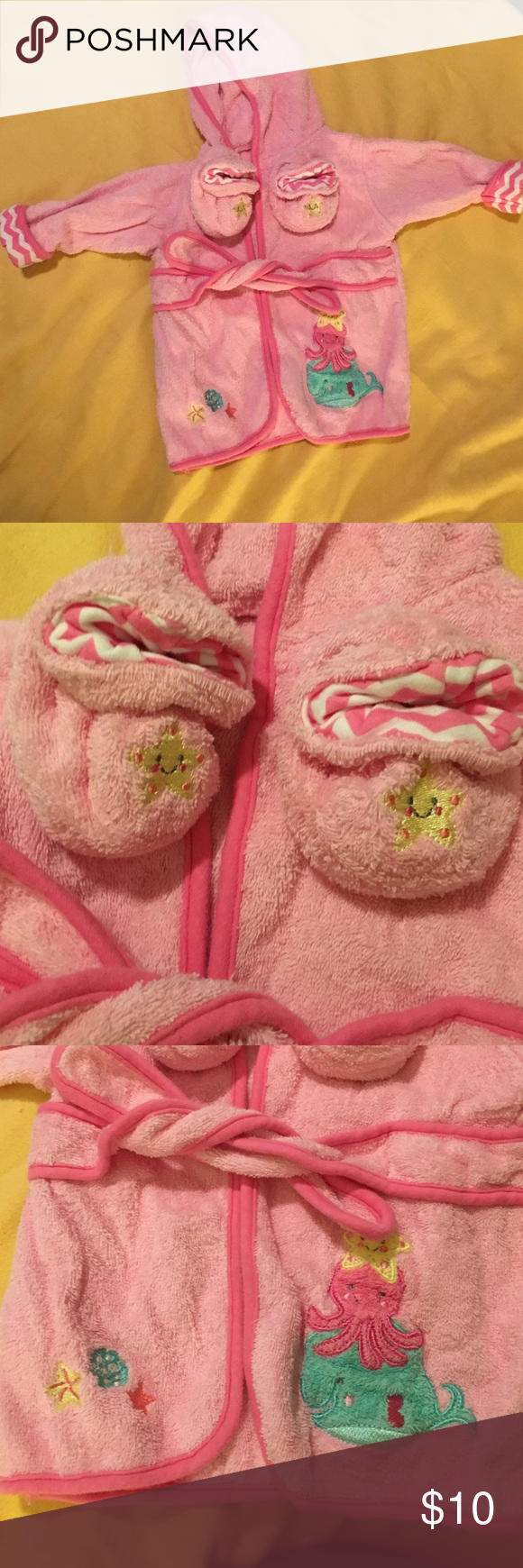 Pink hooded baby robe with matching slippers Used once. Very cute for shower gift or for a newborn after bath or a baby after swimming. Just Born Other