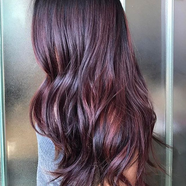 Bordeaux Balayage Loving This Flawless Wine Toned Painted Look For Brunettes Great Job To Stephanie Stylist Of Redkenelite Wine Hair Balayage Hair