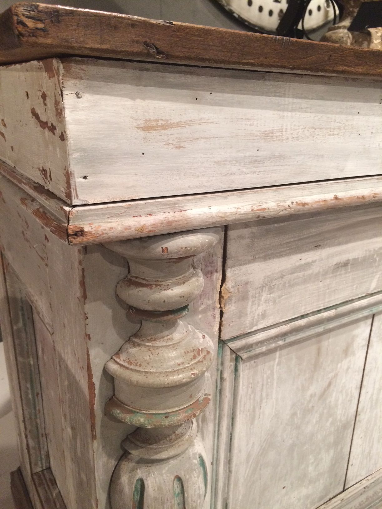 White Washed Antique Perfection Highpointmarket Trends Painting Furniture Chalk Paint