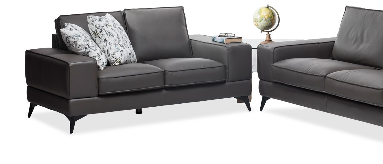 Magnificent Travis 2 Seater Leather Sofa Is Constructed With A Evergreenethics Interior Chair Design Evergreenethicsorg