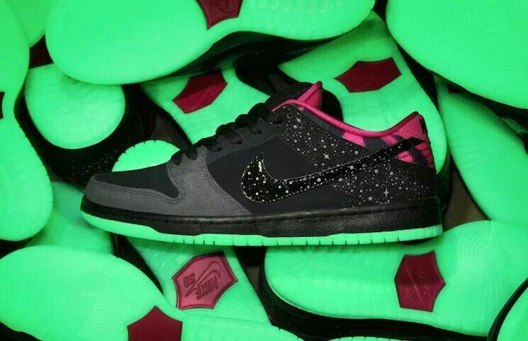 "Nike SB Dunk ""Northern Lights"""