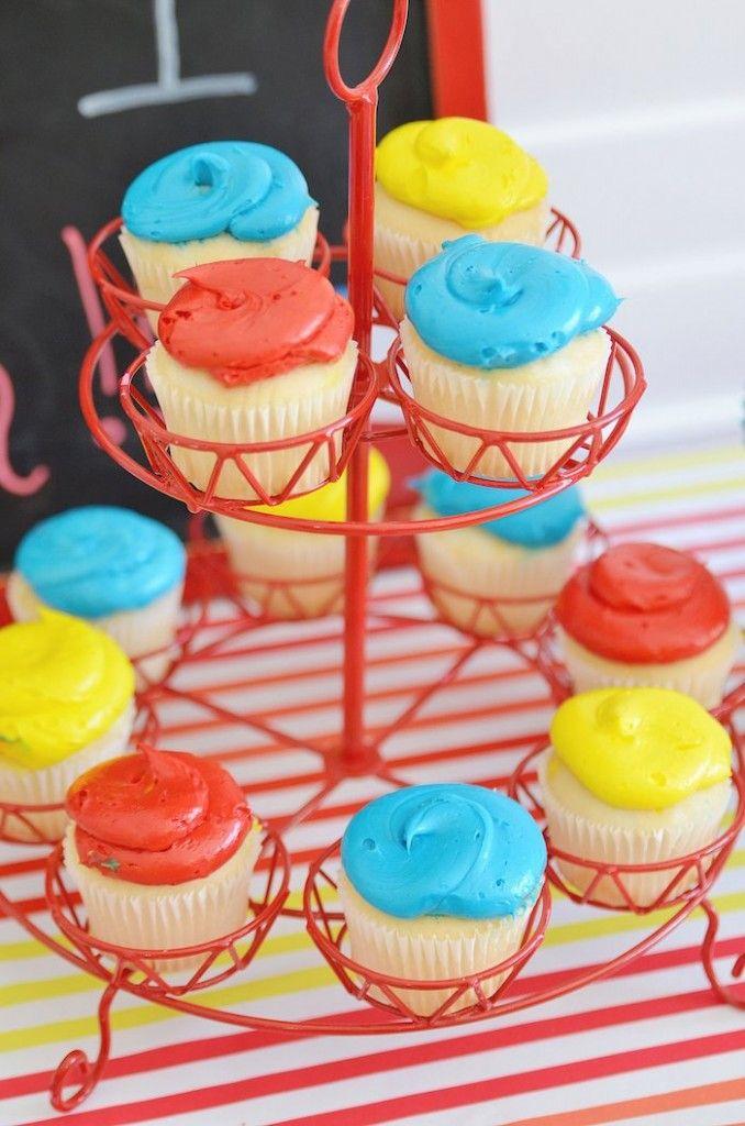 Beach Ball Themed Birthday Party Via Kara S Party Ideas