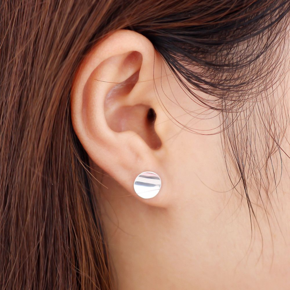 syda with depositphotos stock earrings woman productions ring and photo