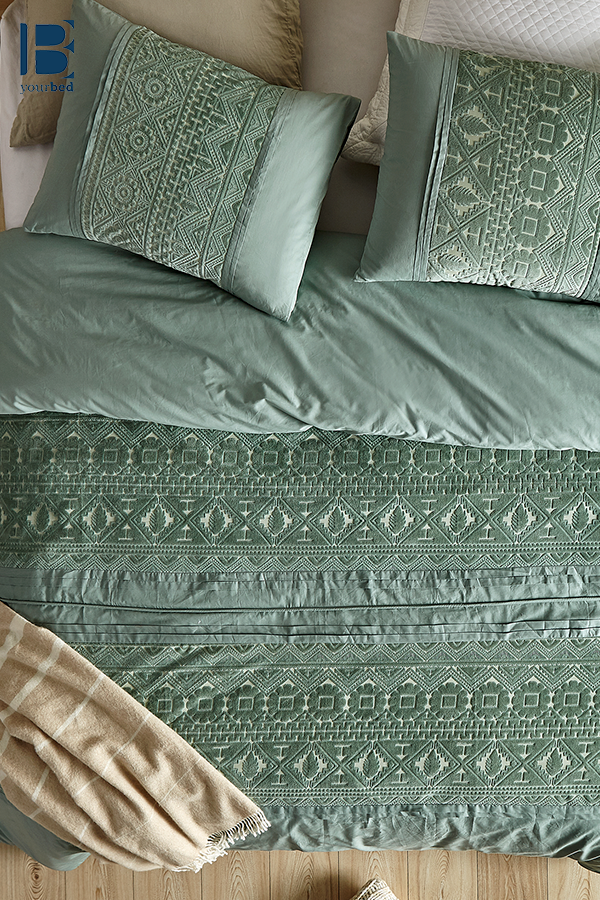 Super Soft Cotton Extra Large King Duvet Cover In Fashionable Green Shade With Unique Pattern Detailing Duvet Covers King Duvet Cover King Duvet