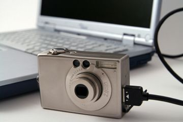 3 Easy Quick Ways To Transfer Photos From Digital Camera To Pc Digital Camera Camera Camera Cards