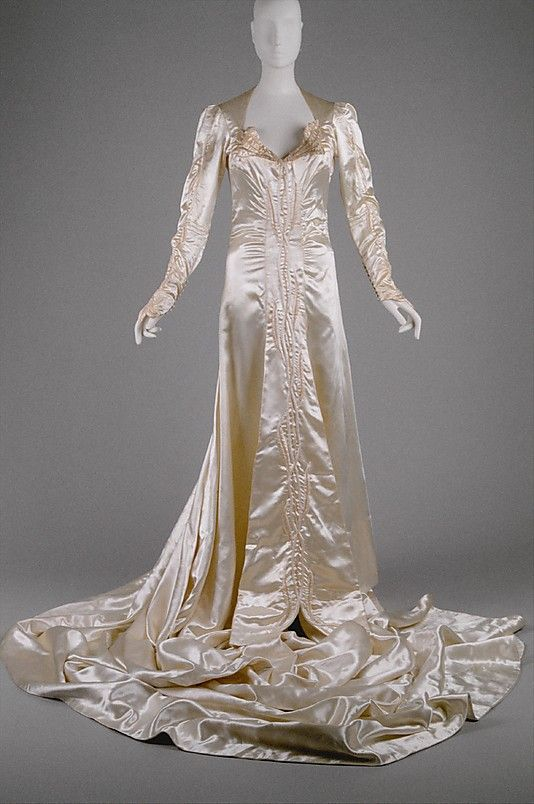Anne Lowe American 1898 1981 Wedding Dress 1941 American The Metropolitan Museum Of Art New York Wedding Dresses Vintage Vintage Dresses Vintage Gowns
