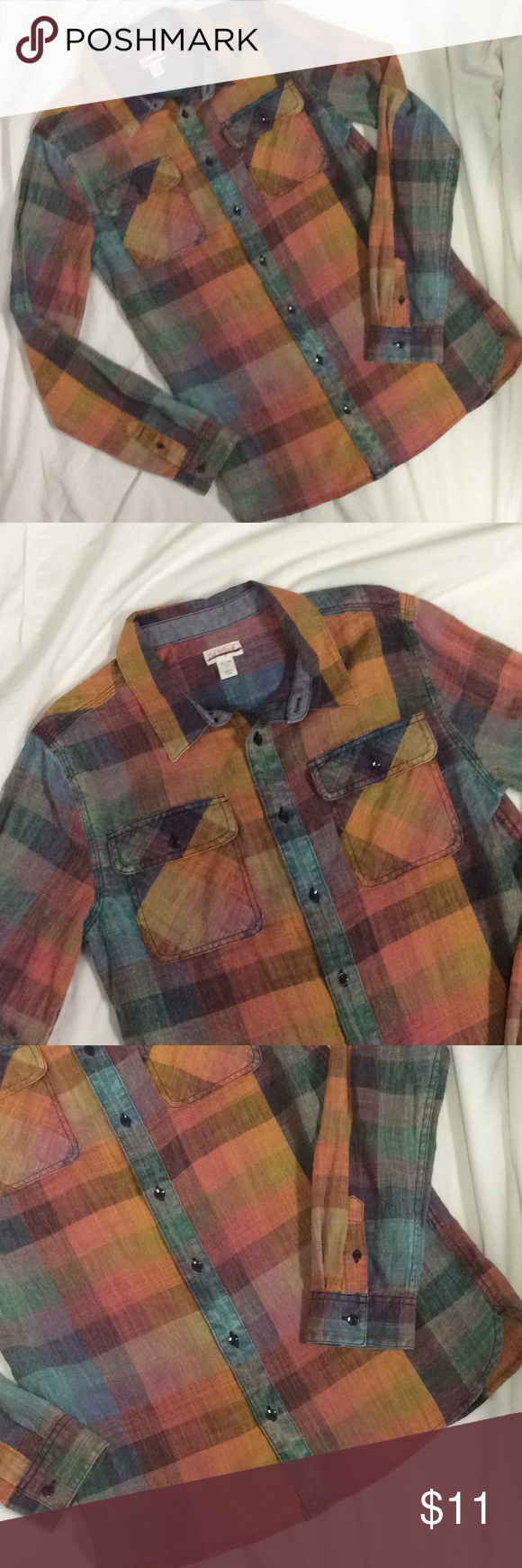 """NWOT Cat & Jack girls youth XL tunic top 😻 New without tags and in perfect condition, cute multicolored checkered button down tunic top with long sleeves and 2 front chest pockets. Armpit to armpit 19.5"""", length 28"""". Cat & Jack Shirts & Tops Button Down Shirts"""