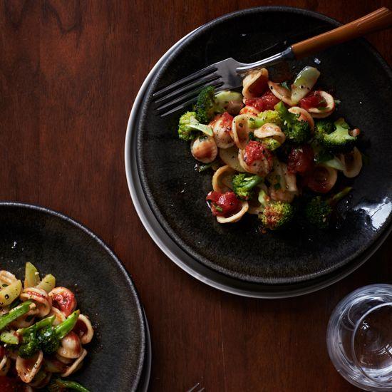 Orecchiette with Broccoli and Tomatoes