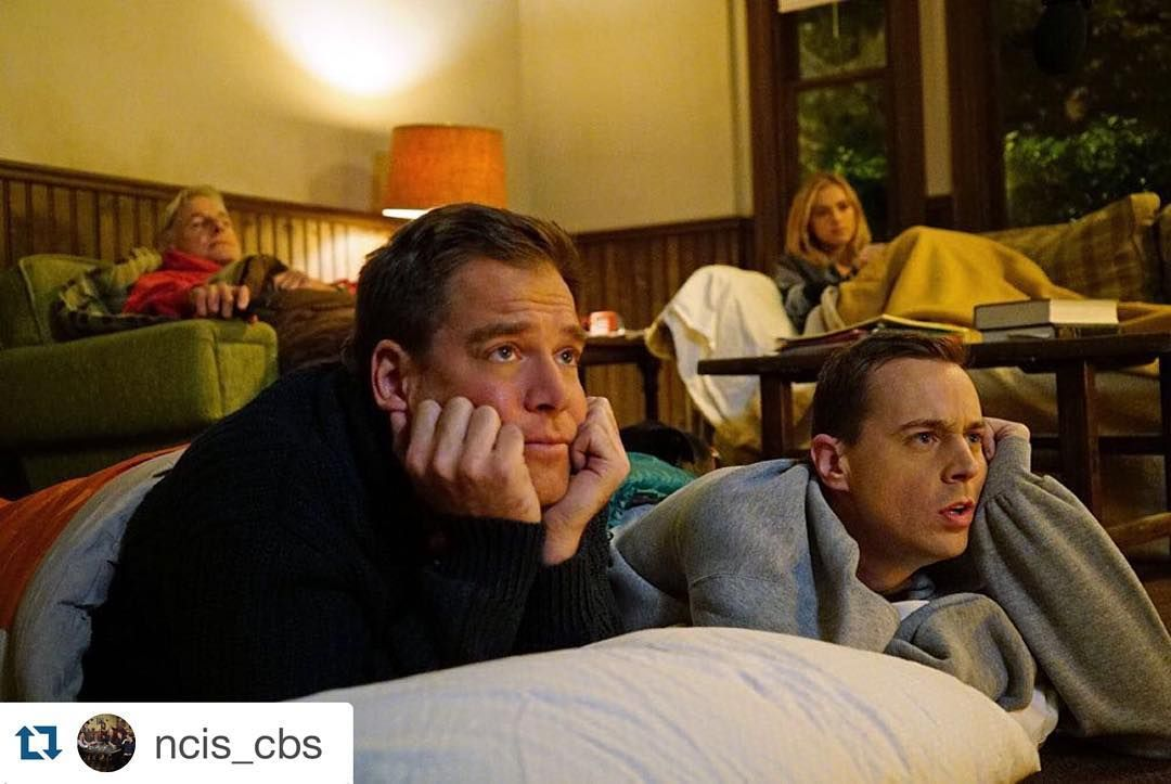 """#Repost @ncis_cbs with @repostapp. ・・・ The best slumber party ever! #gibbshouse #ncis  I wish I could be a part of the slumber party """
