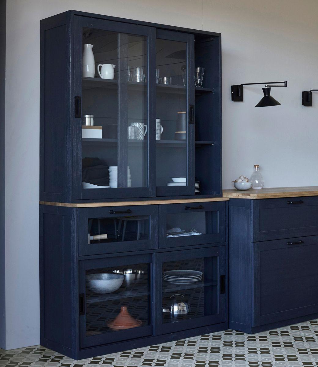 la cuisine galdor chez am pm armoires lampes et noir. Black Bedroom Furniture Sets. Home Design Ideas