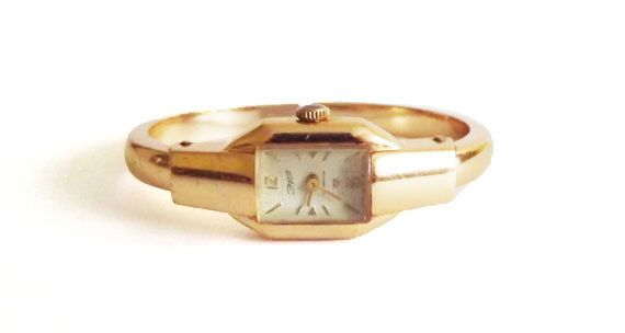 3d3c6b51afb Vey rare Soviet Russian Vintage Ladies Watch ERA Crab Claw Bangle  colectible watch