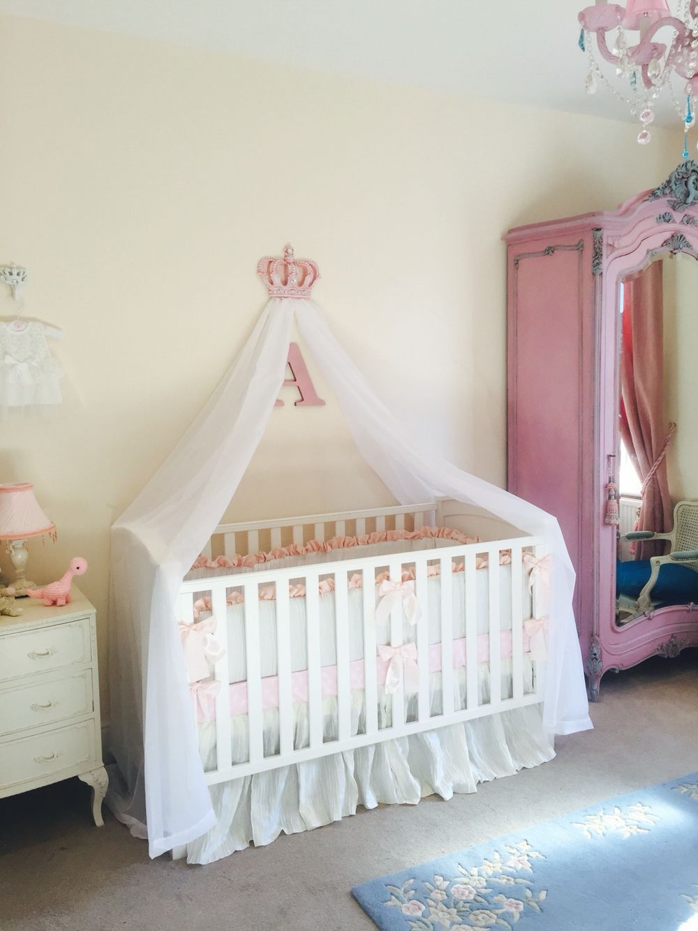Girls pink nursery cot canopy white bed princess crown for Baby cot decoration images