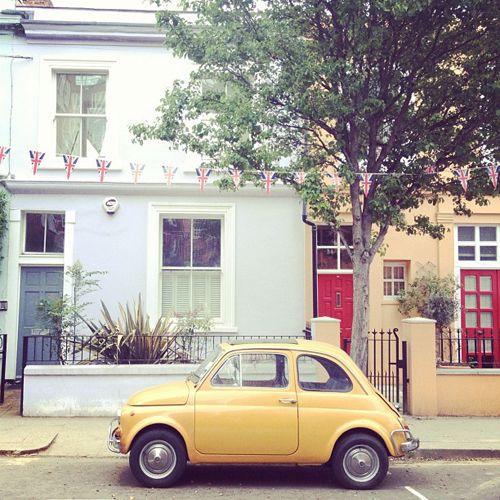 Somewhere in England: Fiat 500 in Portobello Road, London