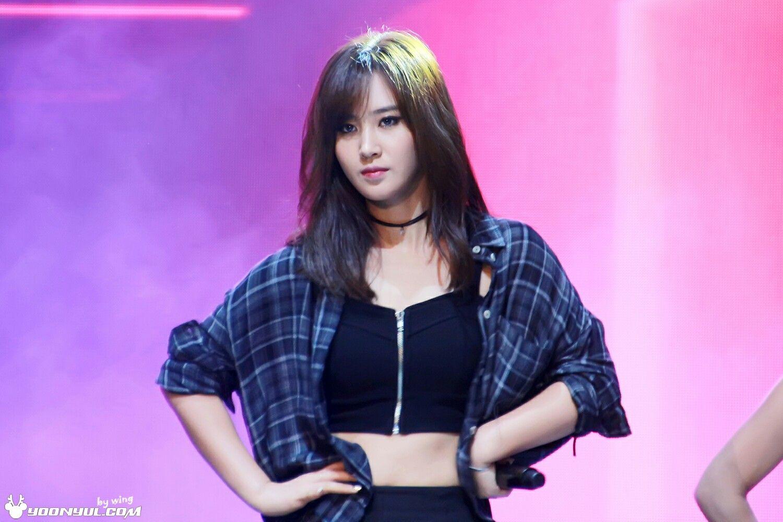 Yuri kwon snsd red shorts cum tribute 5