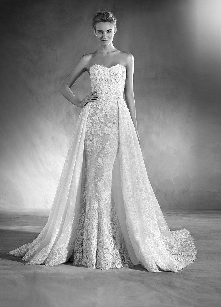 9385cf698fd7  venerediberenice  napoli  campania  wedding  swag  bride  sposa  tuttosposi   matrimonio