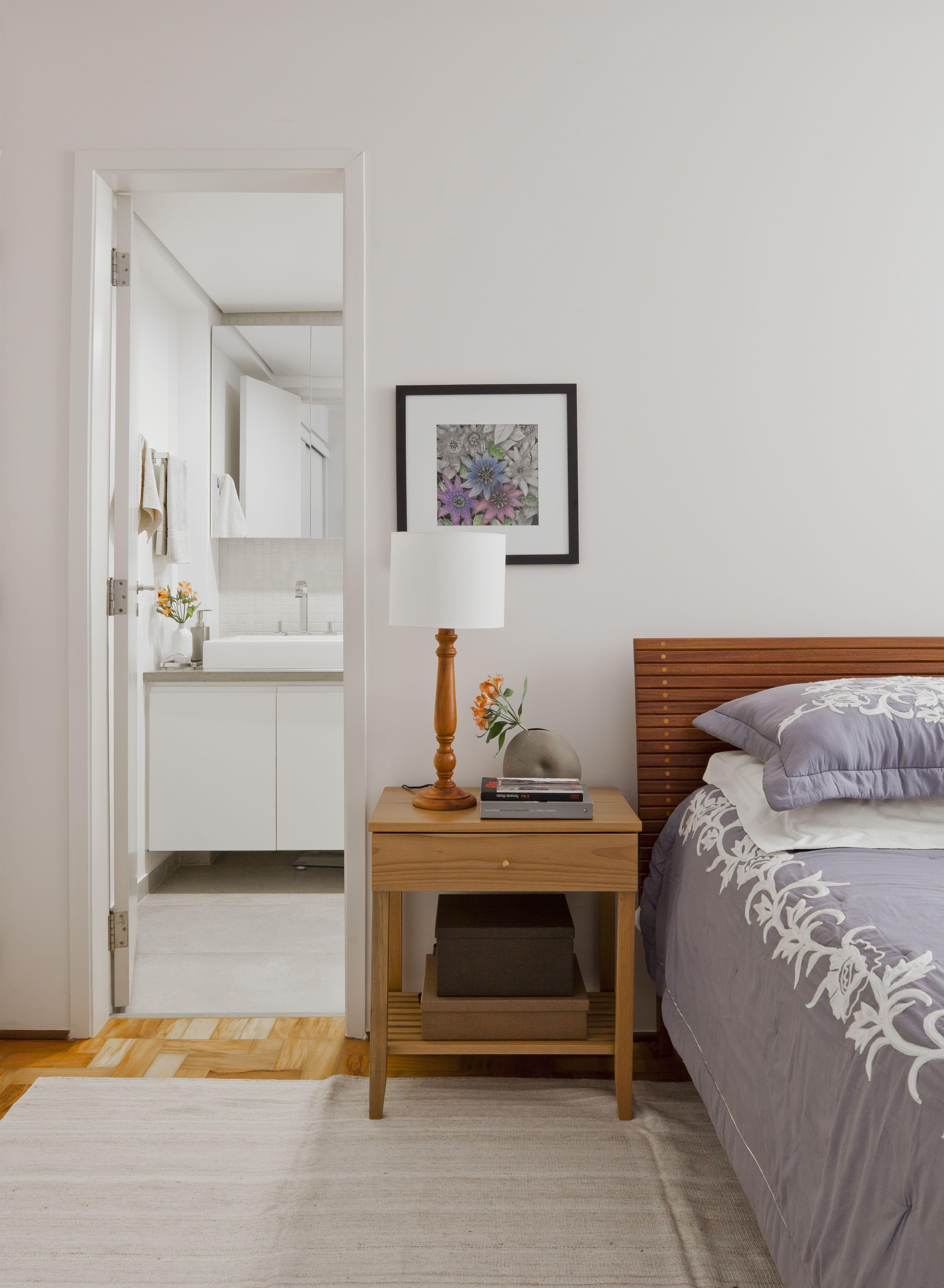 Apartamento Reformado Madeira Ladrilho Hidr Ulico Geom Trico E  ~ Quarto Integrado Com Banheiro E Modelo De Quarto De Casal