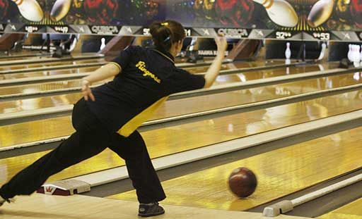 The Mhsaa Up Boys And Girls Bowling Regional Results Have Rolled In Finals Take Place March 1 2 Follow The Action Girls Bowling High School School