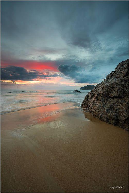 Good morning - Photography by Juanjo Basurto bit.ly/juanjobasurto #seascape #sunrise #beach