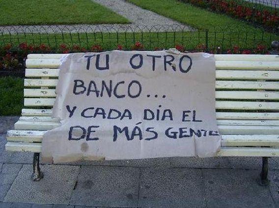 Pin De Maris En 8 Capitalismo Cleptocracia Bancos Banco Nacional Vigilante De Seguridad