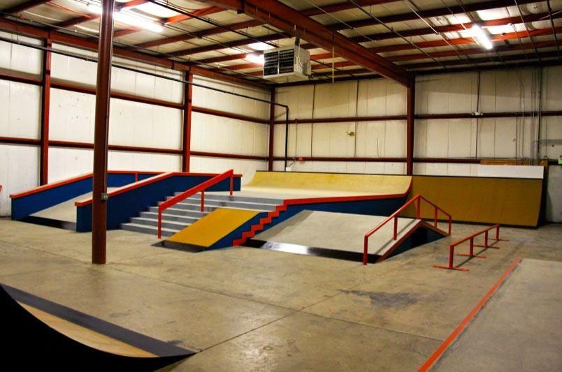 Tbt Pro Skateboarders Private Skateparks Built By Ca Skateparks With Images Skatepark Design Skate Park Parking Design