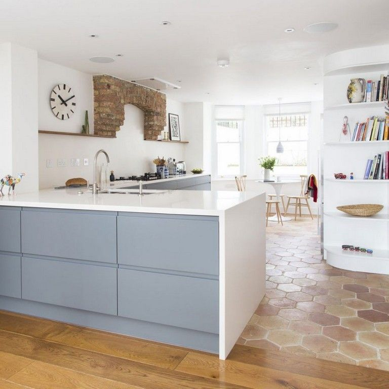 33 Admirable Practical Kitchen Ideas You Will Definitely Like Kitchen Layout Kitchen Cabinet Layout Traditional Kitchen Layouts