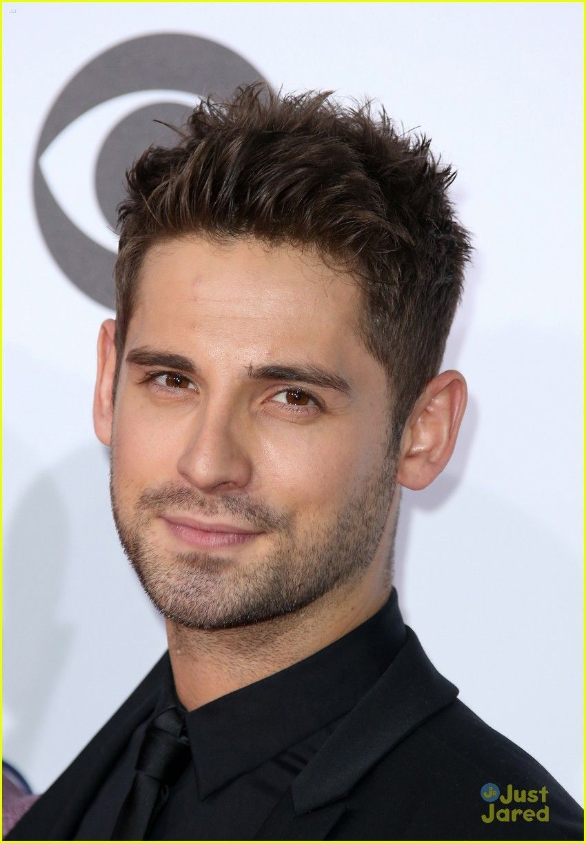 jean luc bilodeau at the people s choice awards 2016 manly classic pinterest chicas. Black Bedroom Furniture Sets. Home Design Ideas
