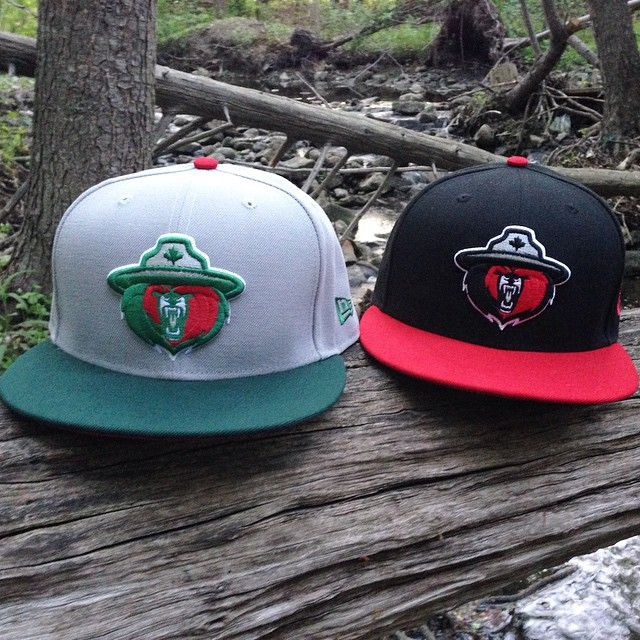 f9926e3bca4 CapEaters - Northern Force - NewEra 59 50 Fitted Left  Grey w  Green   Red  Undervisor Right  Black w  Red Visor www.capeaters.com