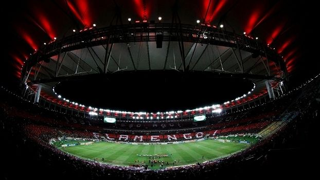 Mais público que Inglês e aproveitamento melhor do que o do Barça: Flamengo se reencontra com Maracanã