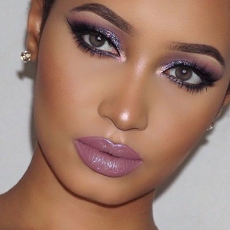 Bely Belinda: Pin De Bely Belinda En Make Up Looks