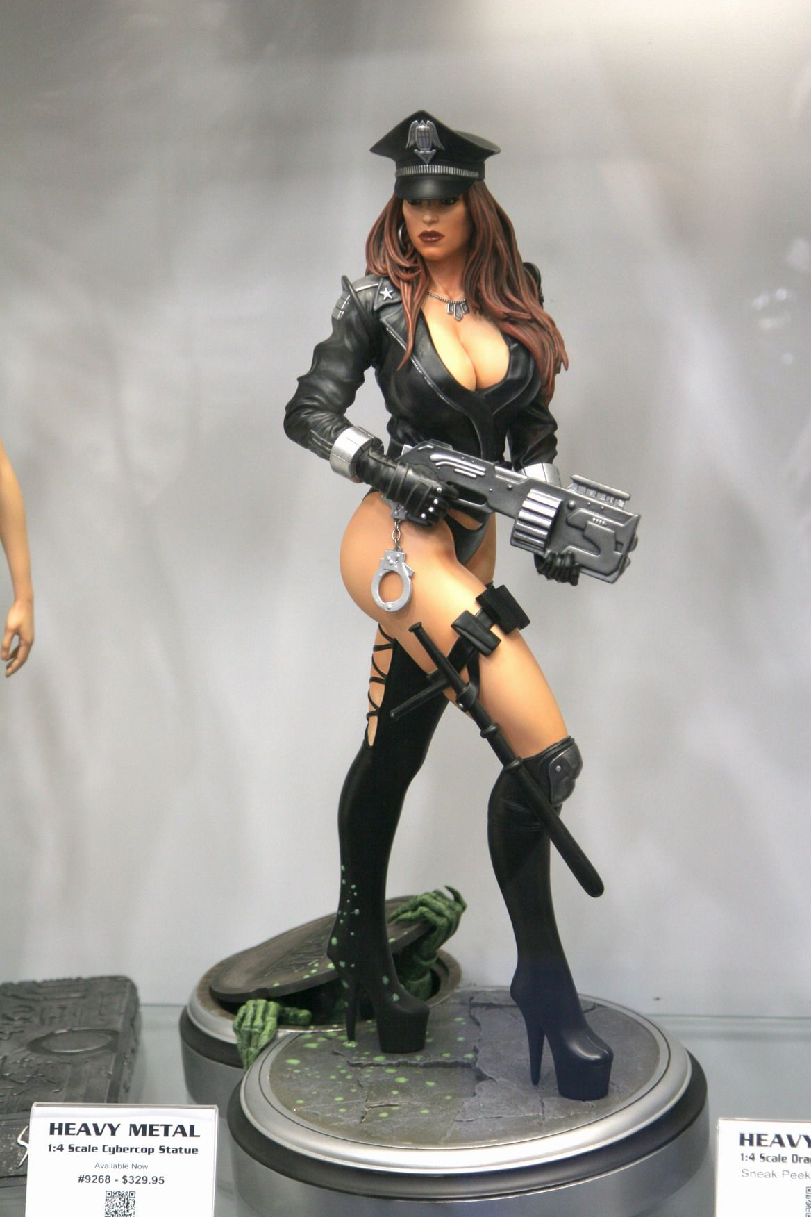 comic figurines | Comic Con 2013 Photos – Hollywood ...