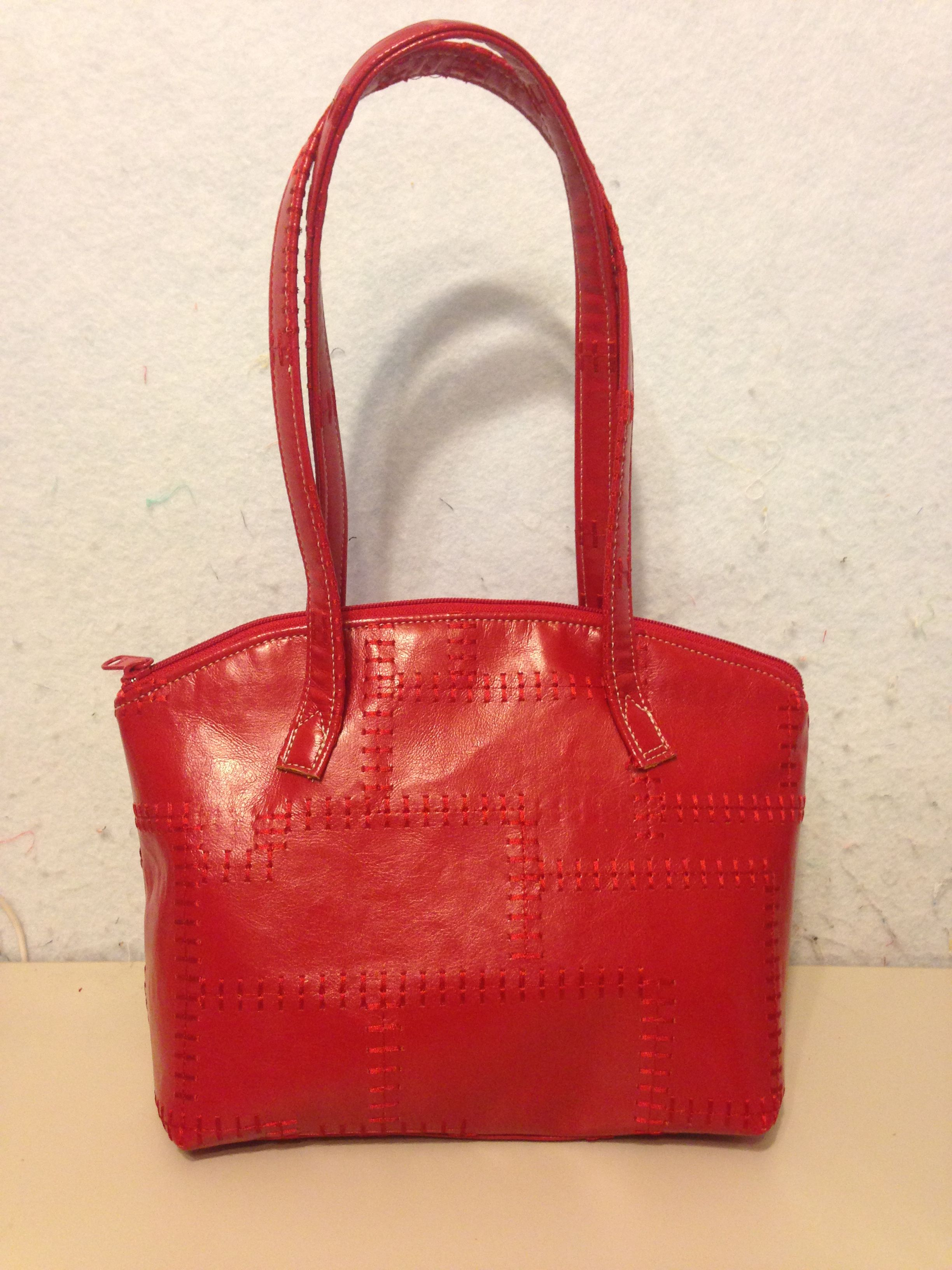 Lola Domed Handbag Pattern By Swoon Sewing Patterns Red Sched Faux Leather Simply Memorable Bags Handmade Handbags 2017