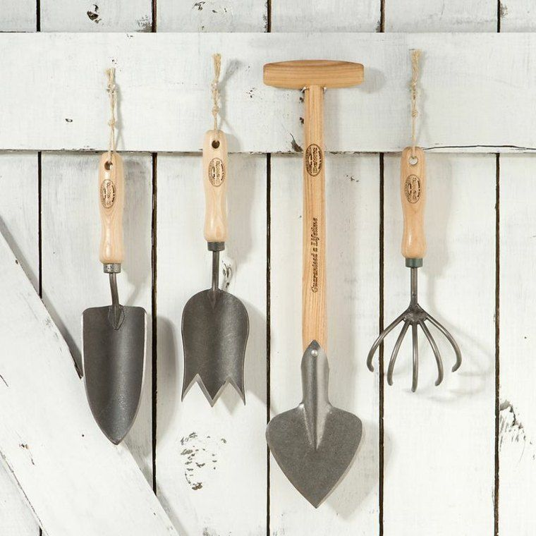 DIY rangement outils de jardin en 40 solutions astucieuses