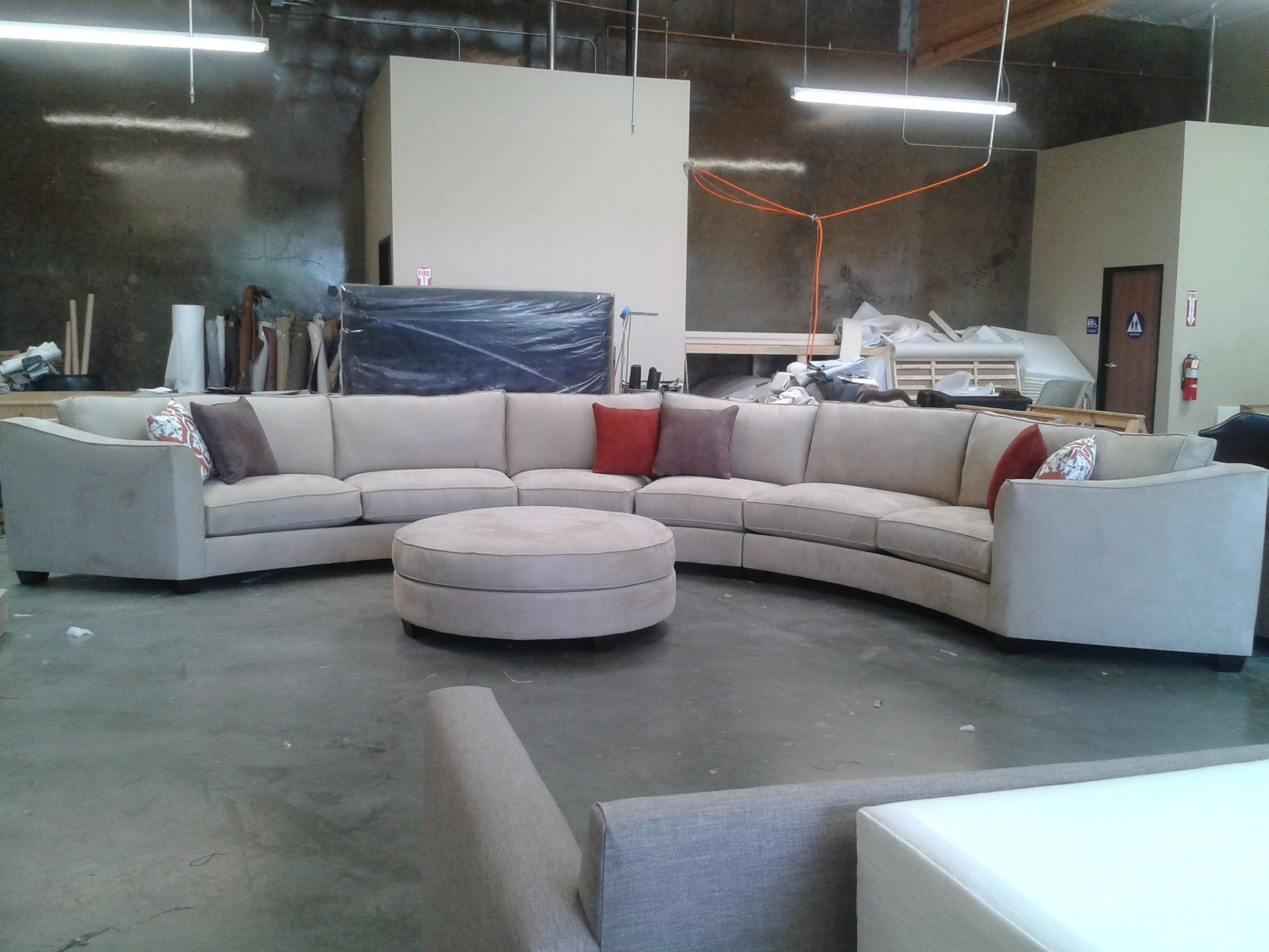 Attrayant Curved Sectional Sofa Set   Rich Comfortable Upholstered Fabric    Contemporary Curved Sofa 2959