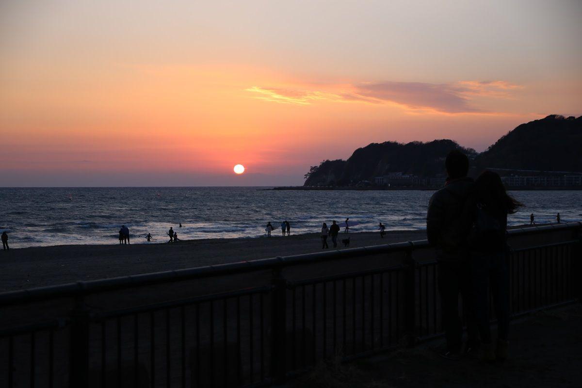 鎌倉 由比ヶ浜 沈みゆく太陽 yuigahama (3)