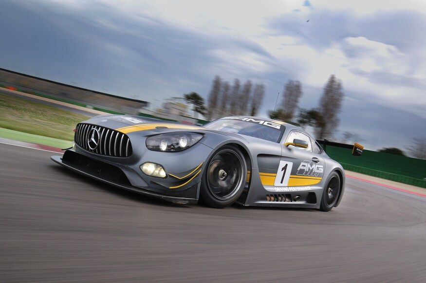 Mercedes Amg Gt3 Race Car Review Randy Pobst Drives Amg S Latest On The Track Mercedes Amg Race Cars Amg
