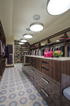 Storage & Closets Photos Master Bedroom Closet Design, Pictures, Remodel, Decor and Ideas - page 143