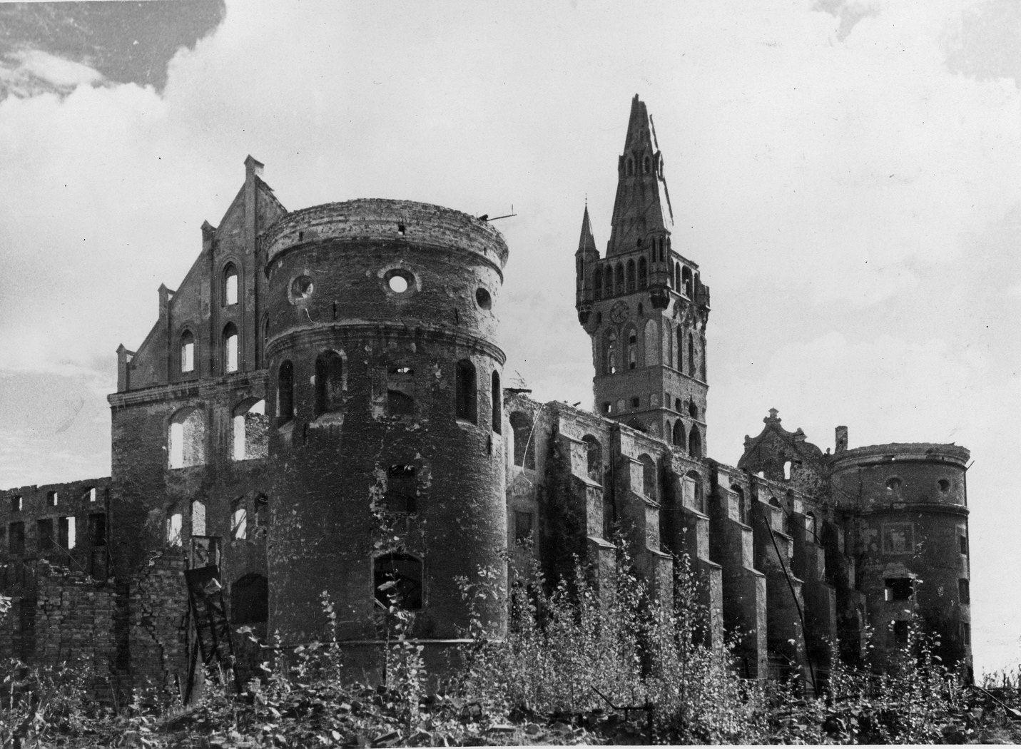 Konigsberg Castle Ruins In 1949 Konigsberg Ostpreussen Deutschland Burgen Preussen