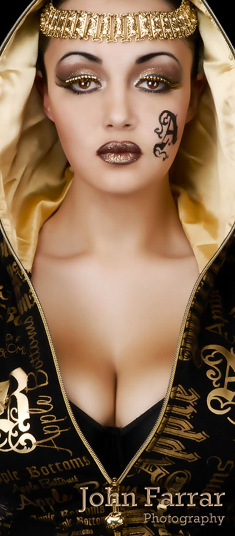 Alix Bromley Pics pin🔆nayibe🔆 sanchez on con dorado | makeup, beauty