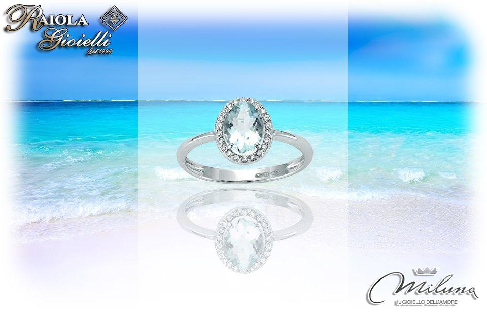 L'azzurro del #cielo che si riflette sul #mare cristallino è racchiuso in quest'anello principesco. Un simbolo d'#Amore fresco e luminoso solo per voi. <3 #RaiolaGioielliBoscoreale #Miluna WWW.RAIOLAGIOIELLIBOSCOREALE.IT #Diamanti #Diamonds #Gold #Oro #Diamond #Aquamarine #Ring #Anello #Estate #Summer #pietredure #madeinitaly #diamante #love #gioielleria #jewellery #luxury #shoppingonline #lifestyle #stile