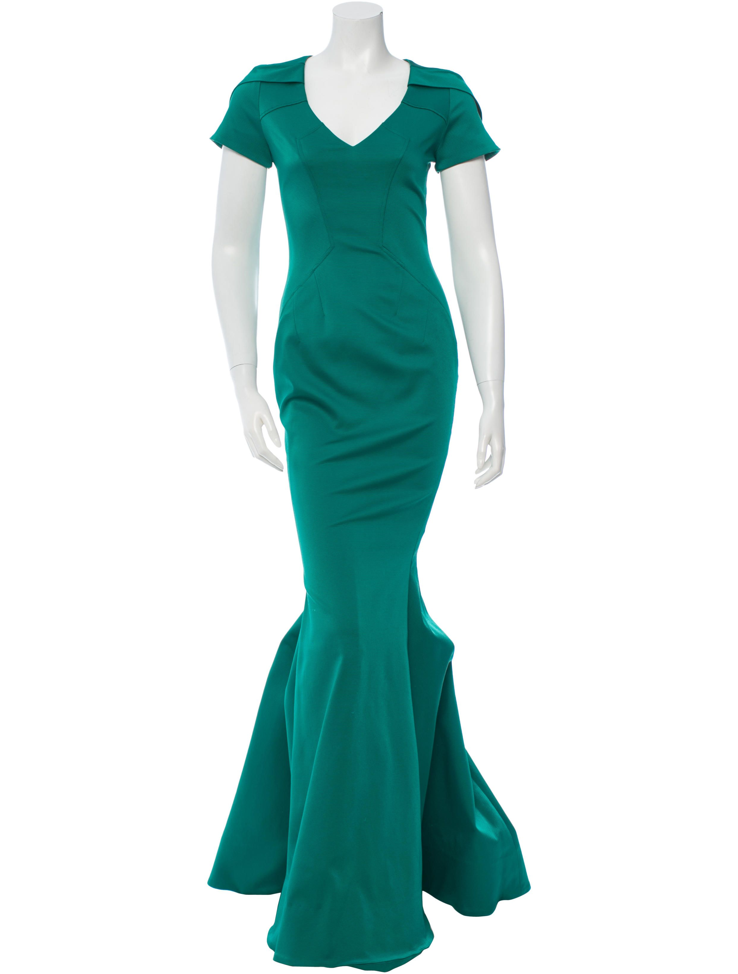 Green textured ZAC Zac Posen gown with short sleeves, V-neck and concealed back zip closure. Size not listed, estimated from measurements.