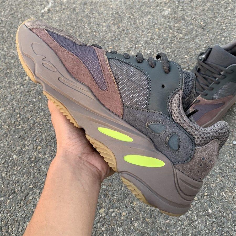 Mauve shoes