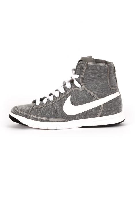 quality design 38b70 ebb24 Zapatillas Nike Blazer Mid Textile en nuestro outletd e calzado