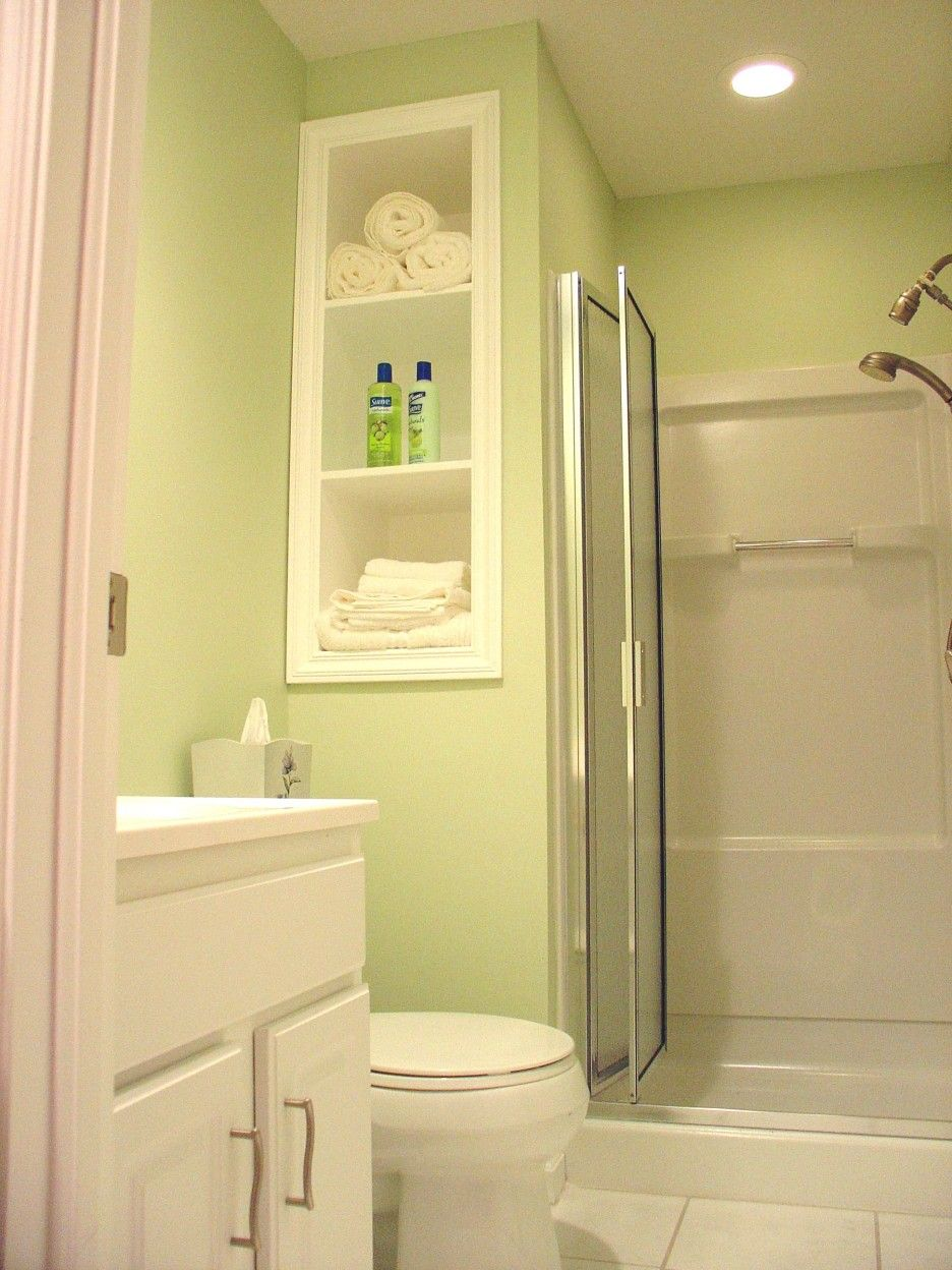 Bathroom. small bathroom decor with green painted wall and white ...