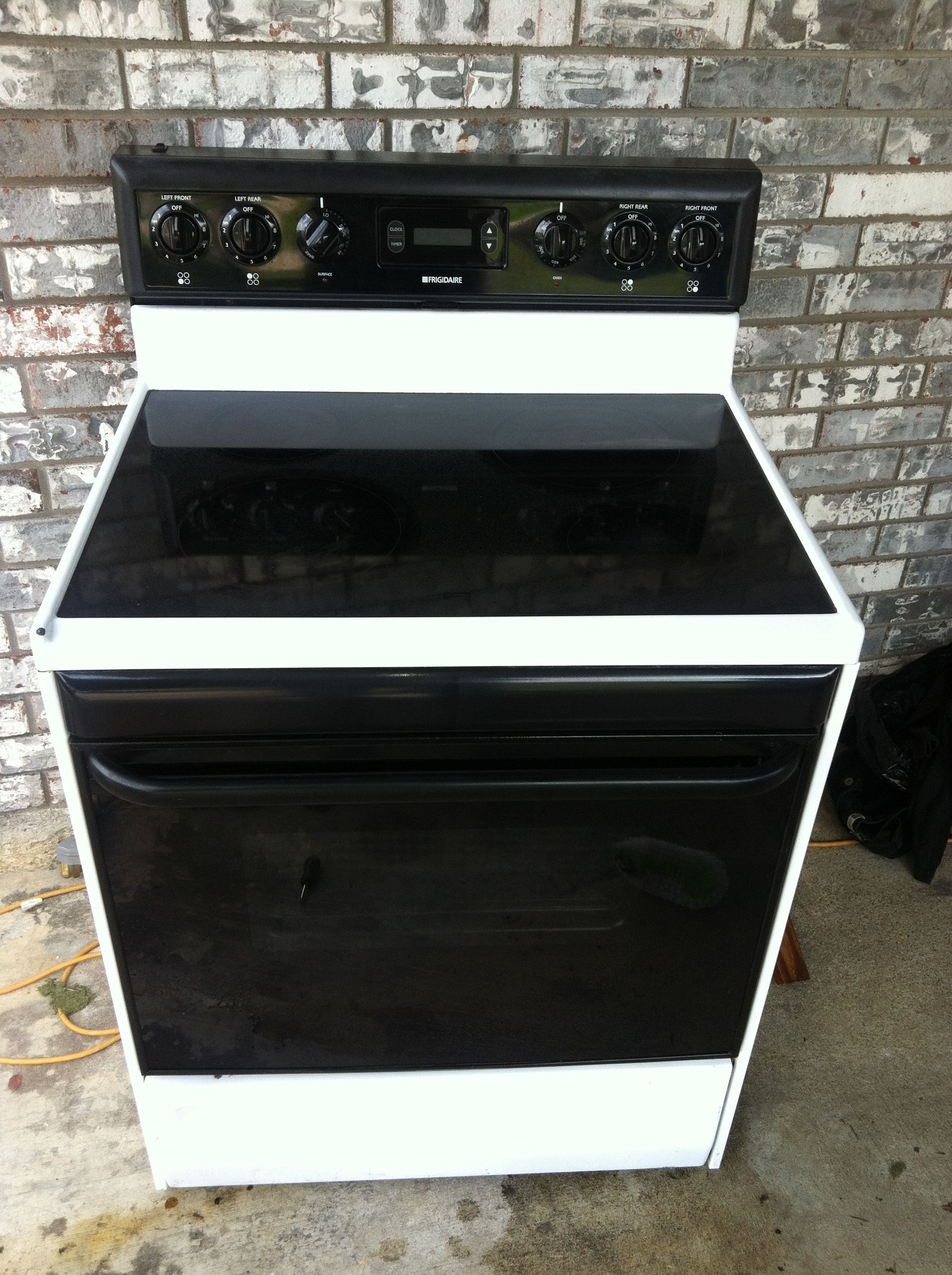 Electric Stove In Rondog5494 S Garage Mcalester Ok