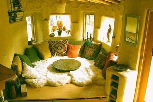 Love this !! Amazing faux fur pillow couch DIY hippie home
