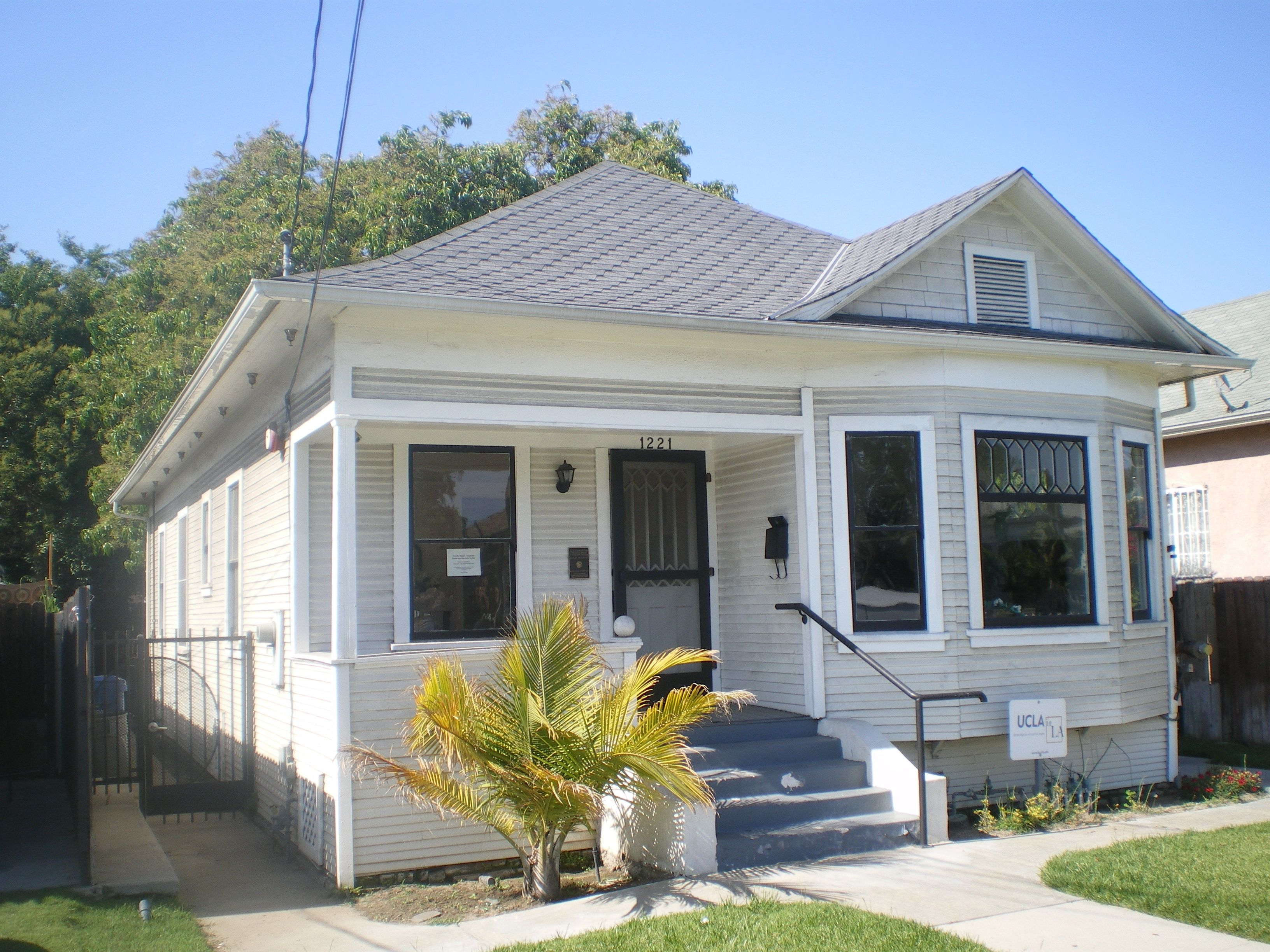 Cute Little House Los Angeles Homes Real Estate Leads We Buy Houses