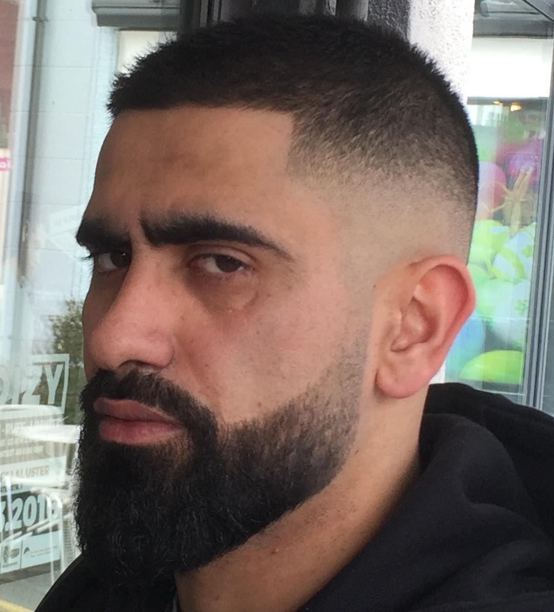 24 Ultra Moderne Kurze Frisuren Mit Bart Frisuren 2019 Neue Haarschnitte Und Haarfarben Kurzhaarfrisur Mit Bart Mannerhaare Haarschnitt Manner