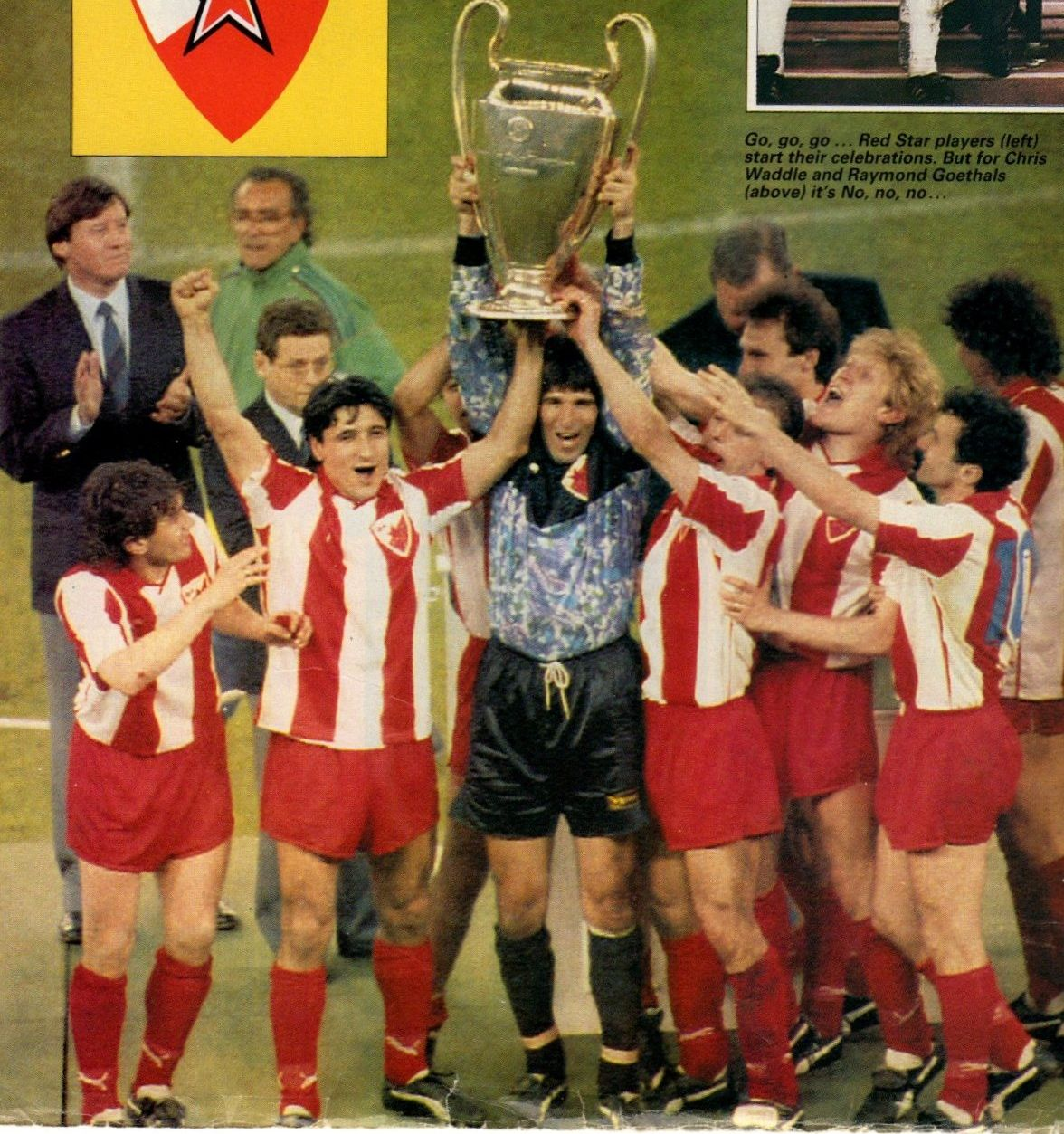 Red Star Belgrade With The European Cup In Bari In 1991 Red Star Belgrade Red Star Retro Football